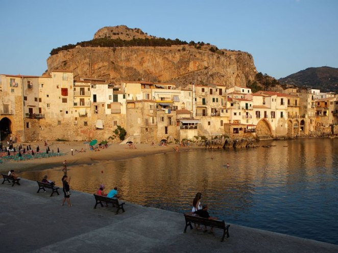 4-Cefalu.-Photo-by-Emmepi-Travel